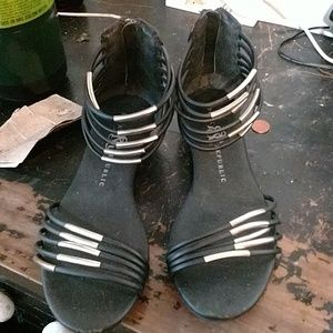 Rock & republic sandals